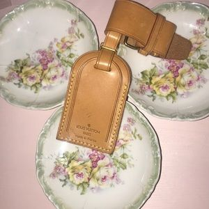 Authentic Louis Vuitton luggage tag💐